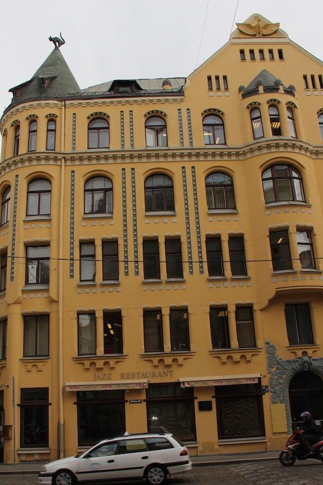 """""""Riga Black Cat House"""""""