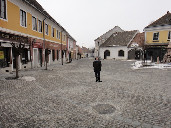 Budapest City Guide (Part II): Szentendre Day Trip and Pest Full-Day Itinerary