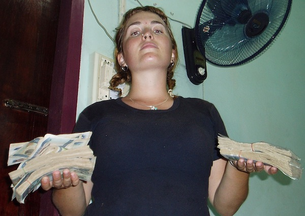 Like when $50 US gets you all this money in Laos, and you look like a totally rich bad ass!