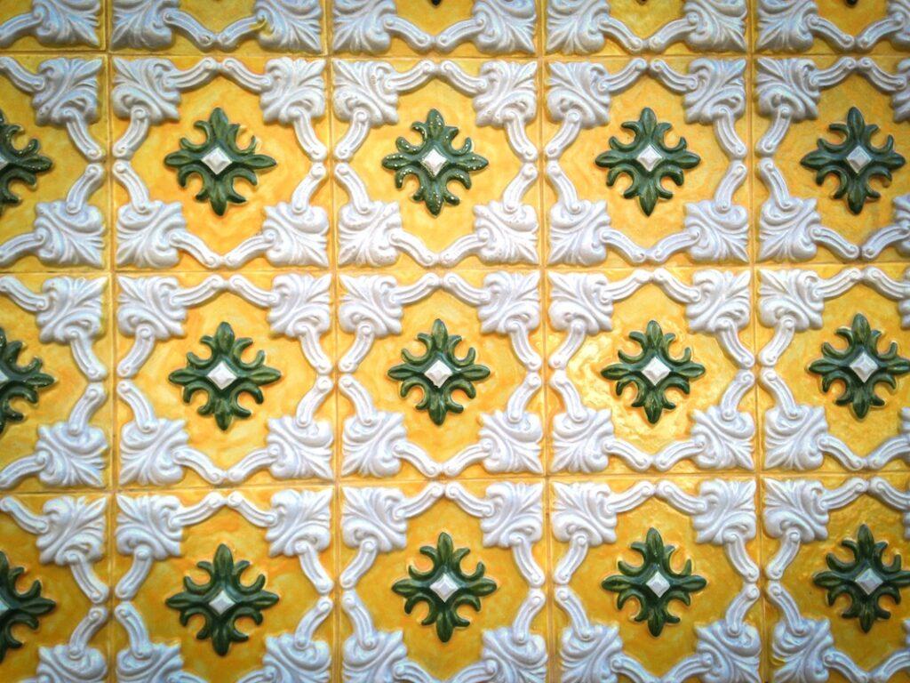 Fancy tiles