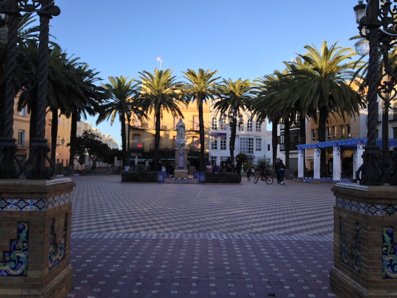 This square was surrounded by little cafes which were filled with people enjoying an afternoon coffee