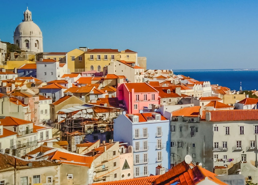 Lisbon_Portugal_TravelColoringBook