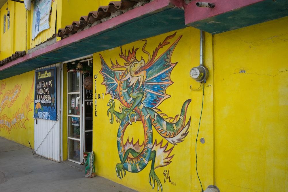 Alebrijas shop in Oaxaca San Martin Tilcajete