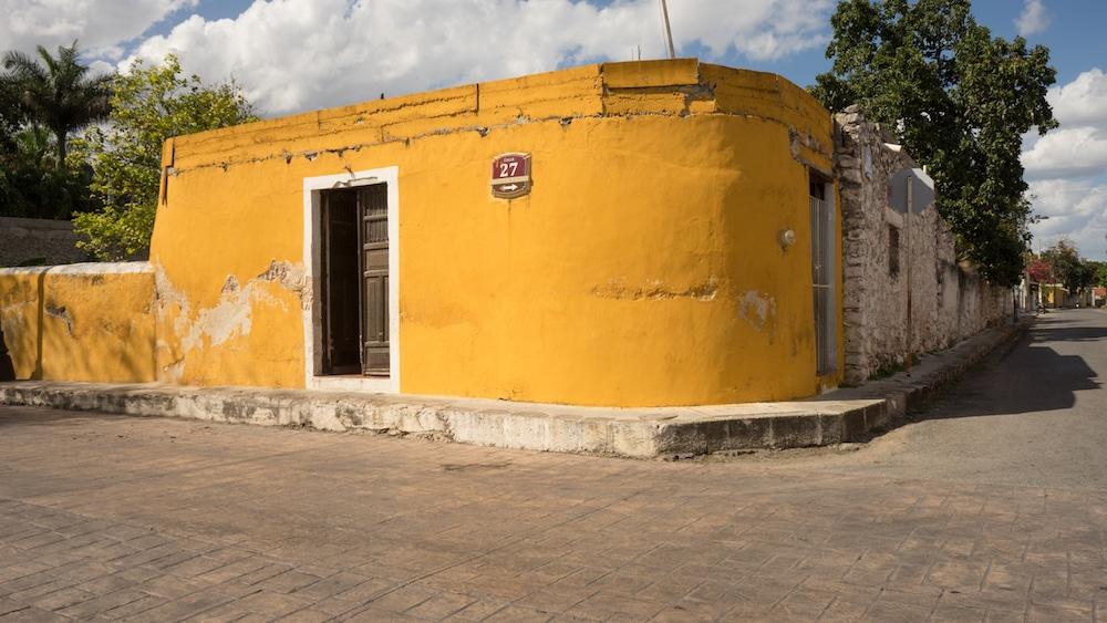 IzamalMexicoYellowTown-14