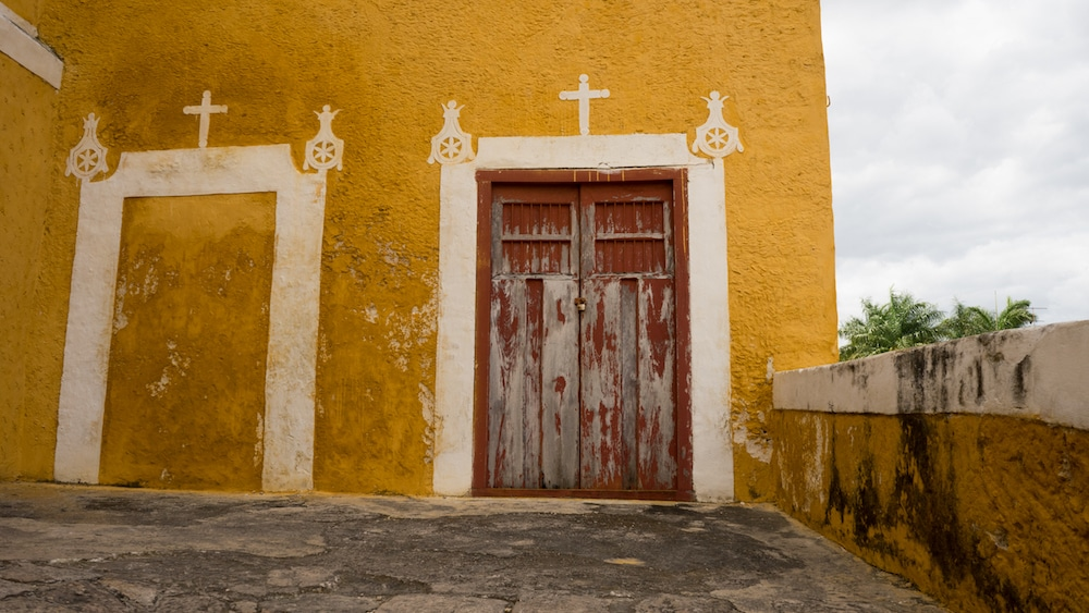 IzamalMexicoYellowTown-3