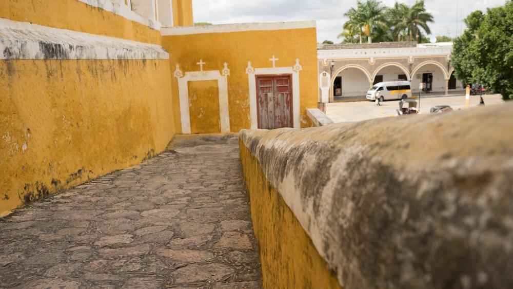 IzamalMexicoYellowTown-5