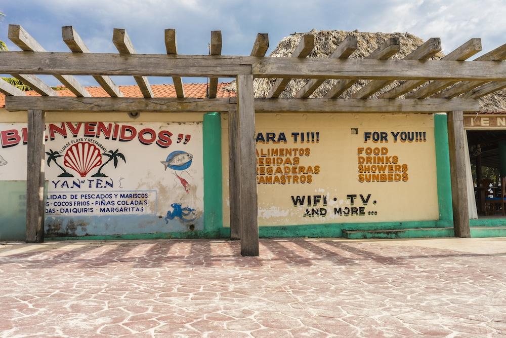 coloring-mexico-beach-bar