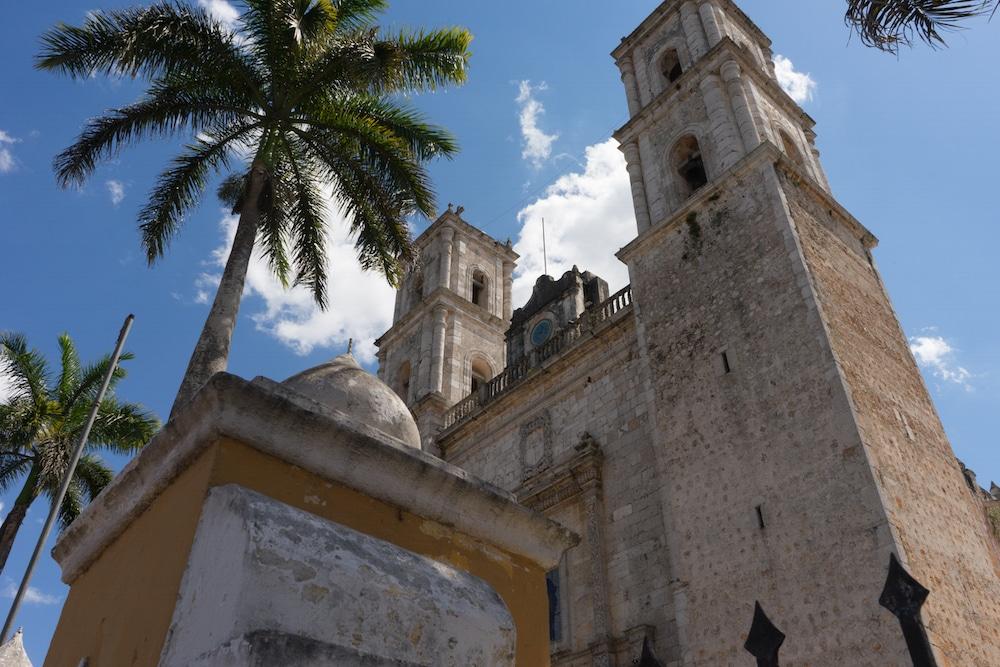 Catedral de San Gervasio Valladolid Mexico