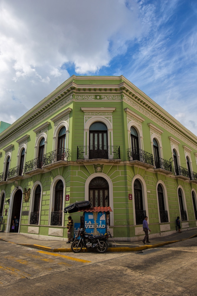 Green colonial building coloring Mexico