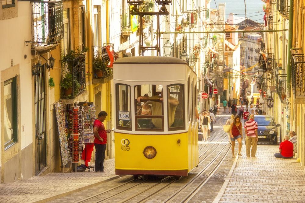 where to stay in lisbon - Lisbon tram