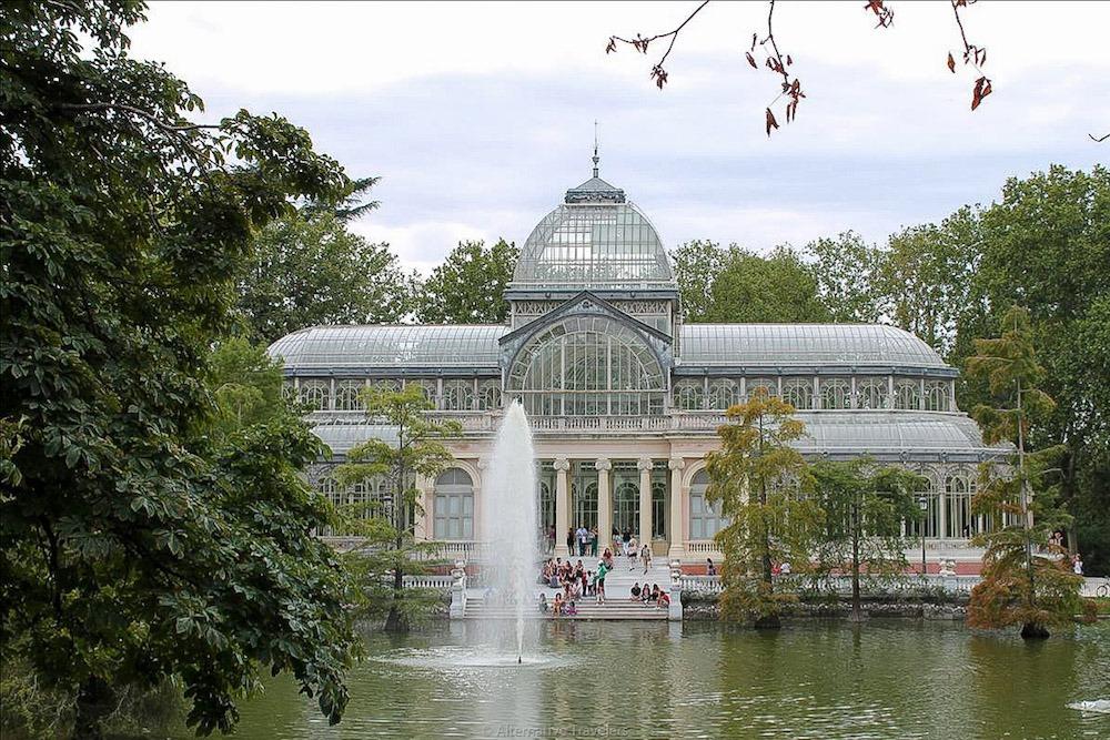 Stay near Retiro Park in Madrid Spain