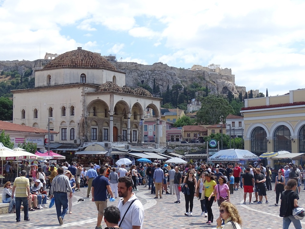 Best areas to stay in Athens for nightlife Monastiraki