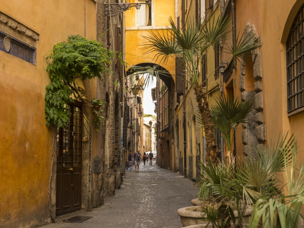 Rome Tips from a Local Via dei Cappellari