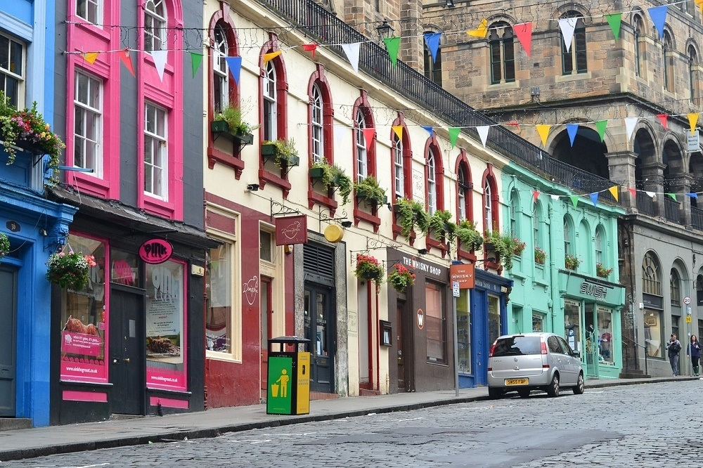 Stret in New Town in a Where to Stay in Edinburgh guide