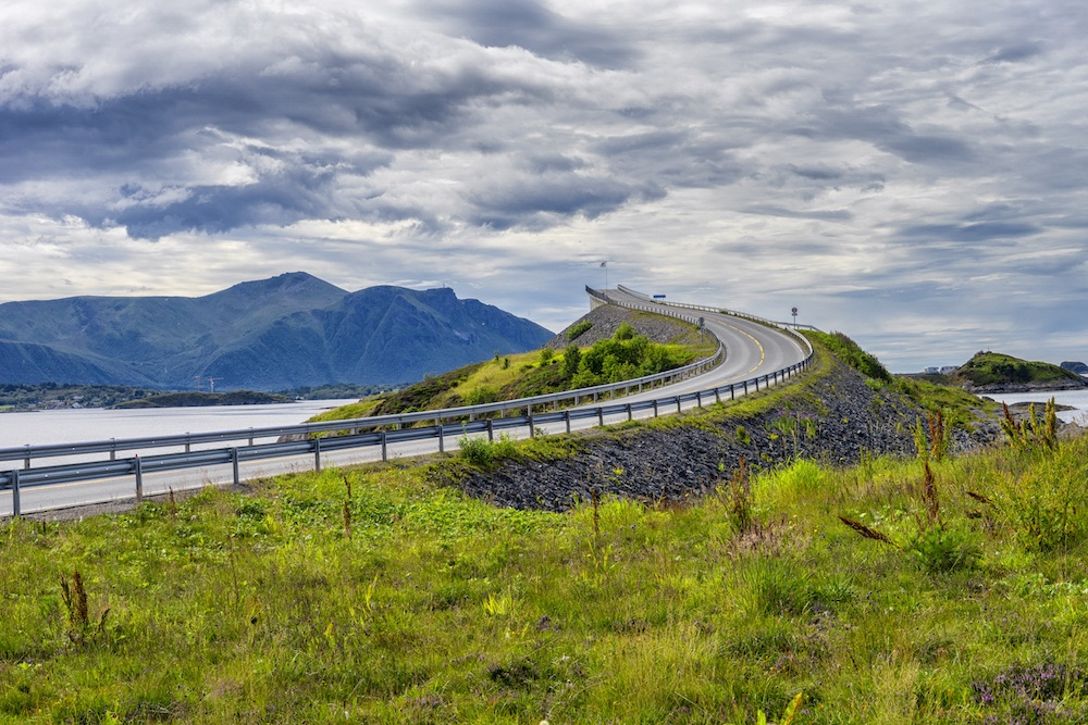 Atlantic Ocean Road Norway Itinerary