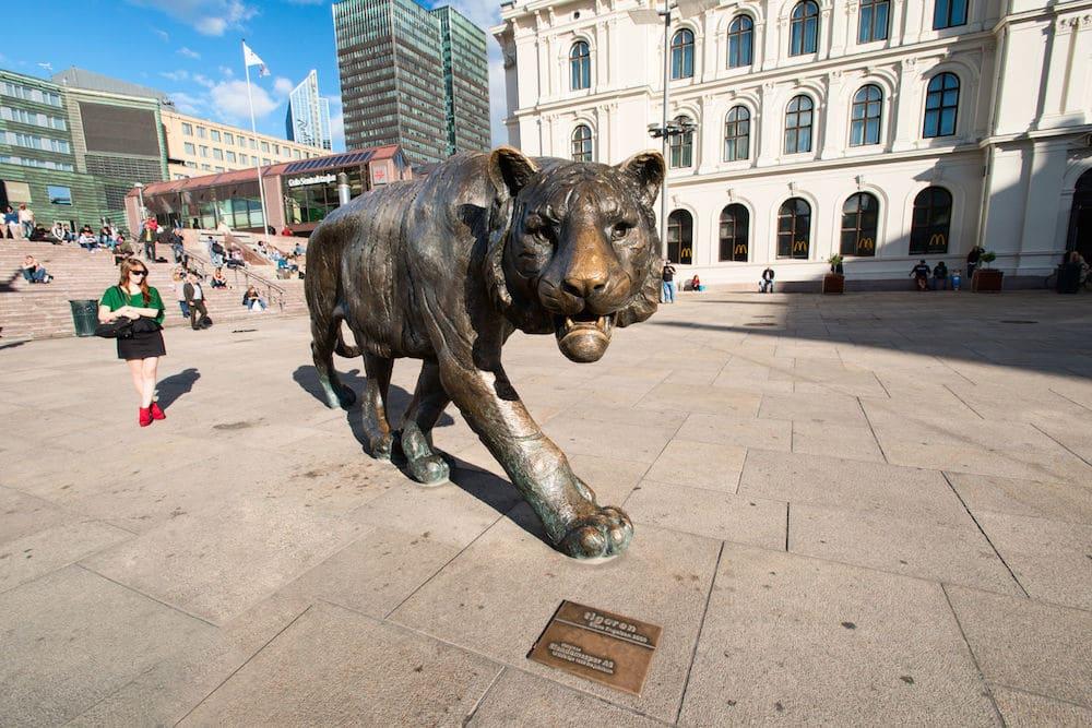 Oslo tiger statue