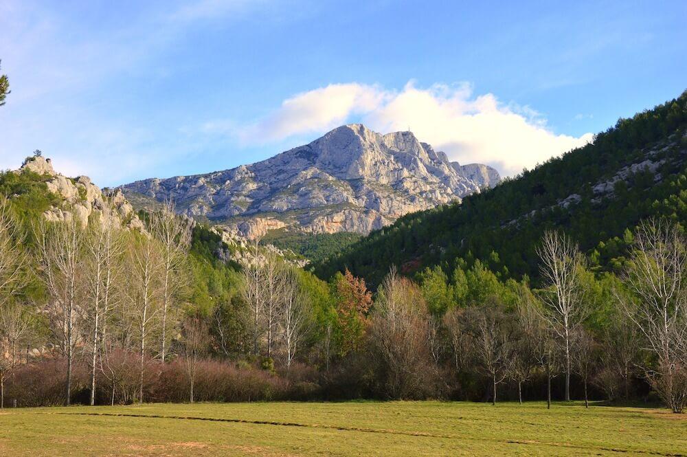 Montagne Sainte-Victoire Mountain range near Aix en Provence