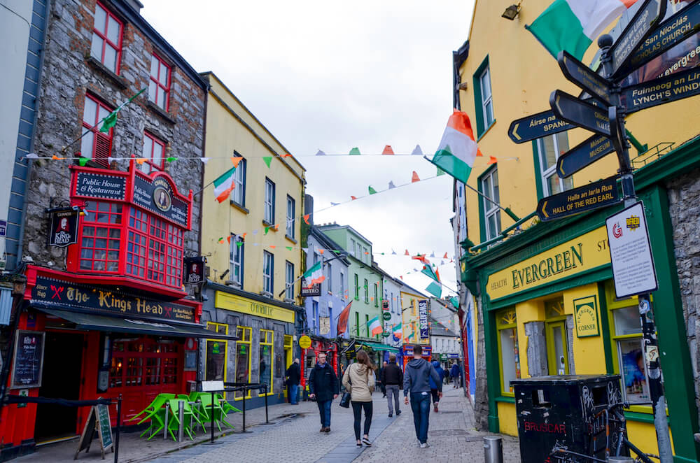Find some great Bars in Galway