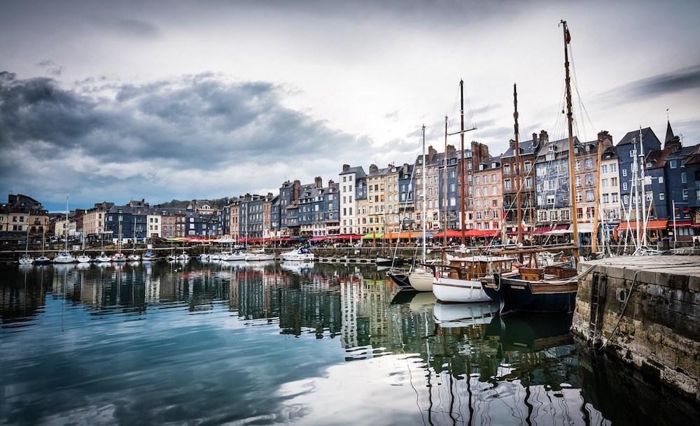 Honfleur best towns in Normandy