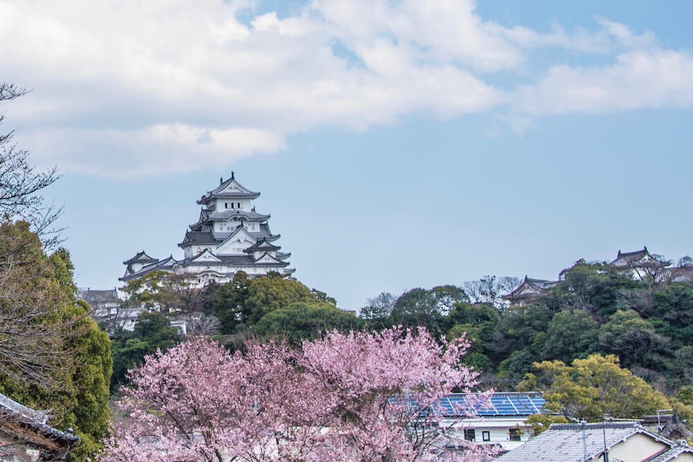 How to Visit Japan's Most Beautiful Castle Himeji Castle- A Day Trip Guide