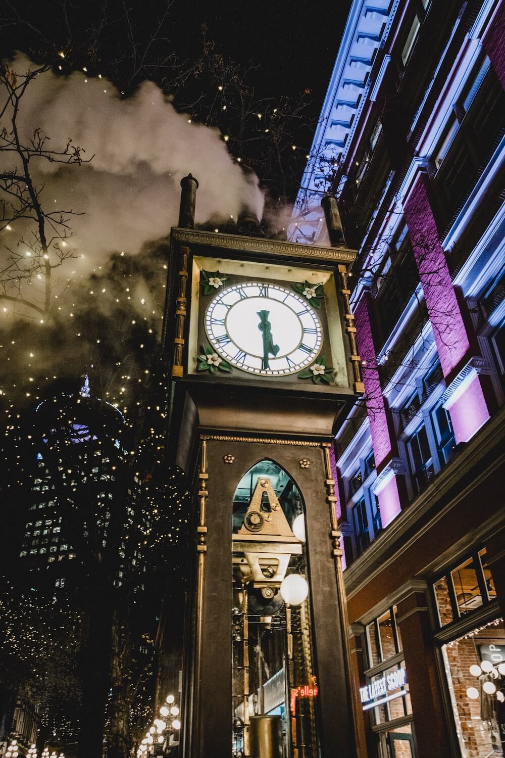 Where to stay in Vancouver neighborhood guide Gastown steamclock