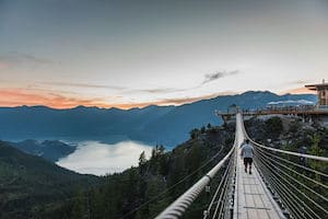 Where to stay in vancouver gondola and whistler day trip