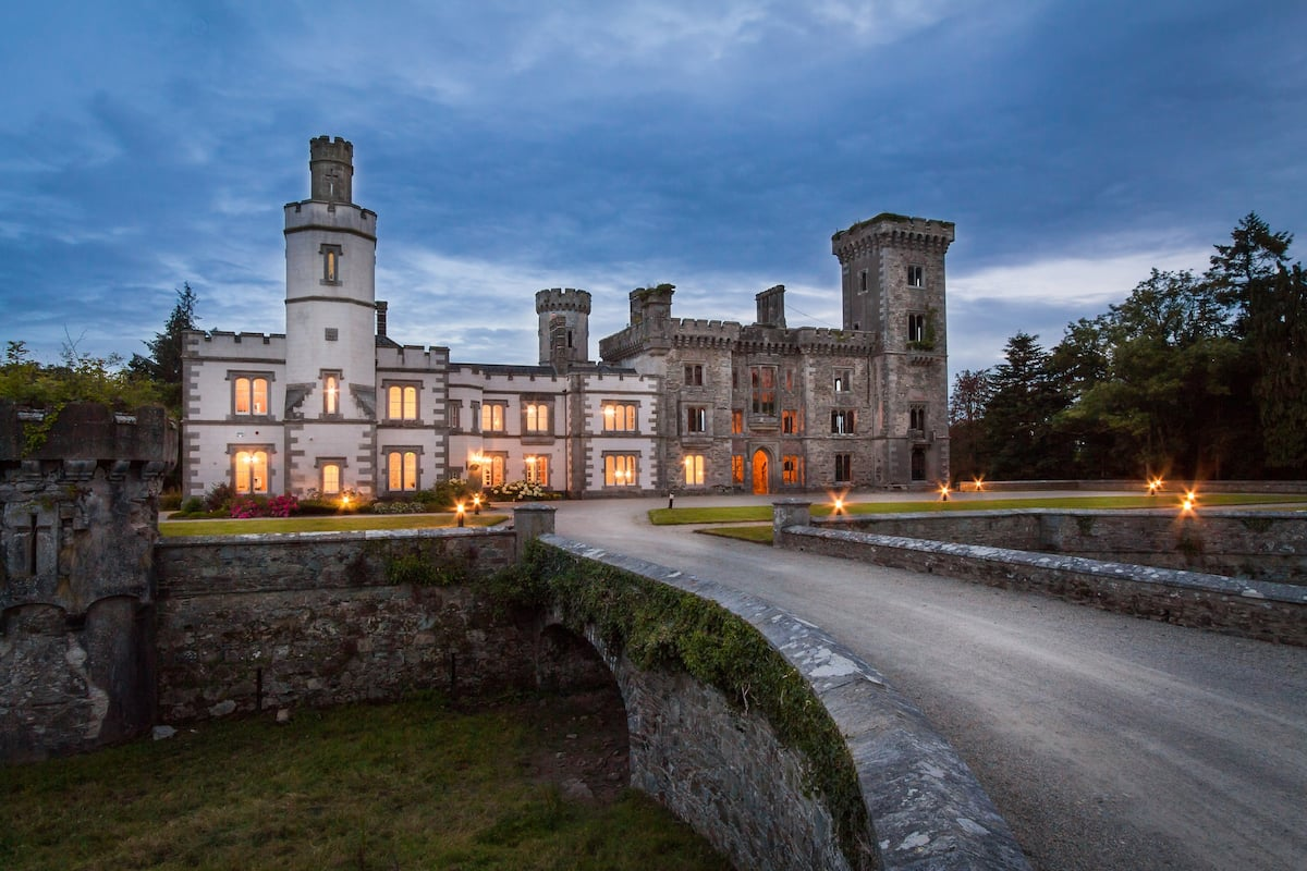 outside view of Wilton Castle in the evening